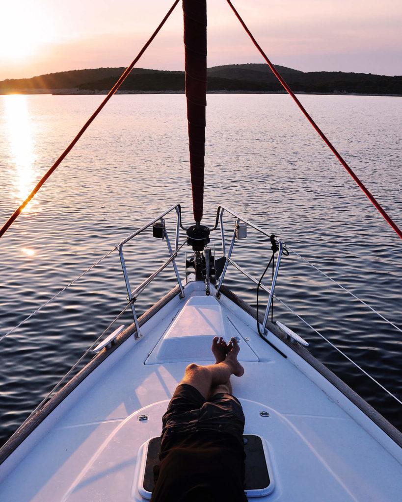 cómo es la vida en un barco